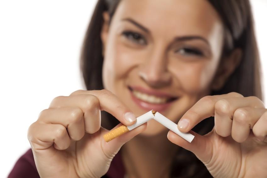 Cigarette : est-ce plus efficace d'arrêter d'un coup ou